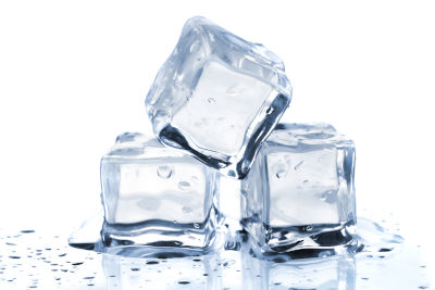 is it safe to put ice cubes in my cats water